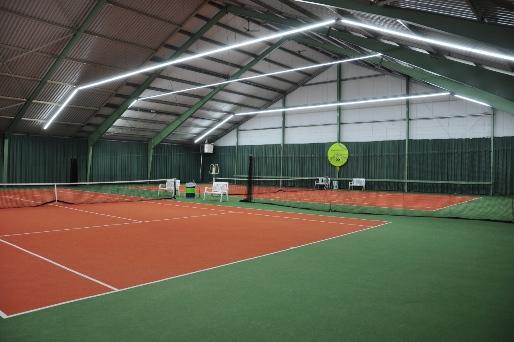Komatic - Dynamische sportveldverlichting en sporthalverlichting advies